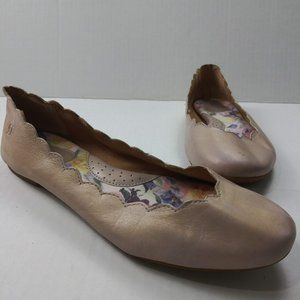 Born Allie Scalloped Ballet Flat 10